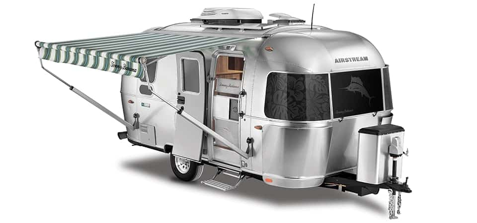 33 Fantastic Small Campers & RVs with Bathrooms 2020: Brand Buying Guide 7