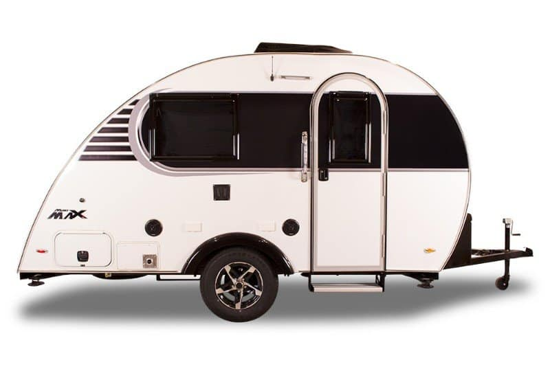 15 Fantastic Small Campers, Travel Trailers & RVs with Bathrooms & Showers 8