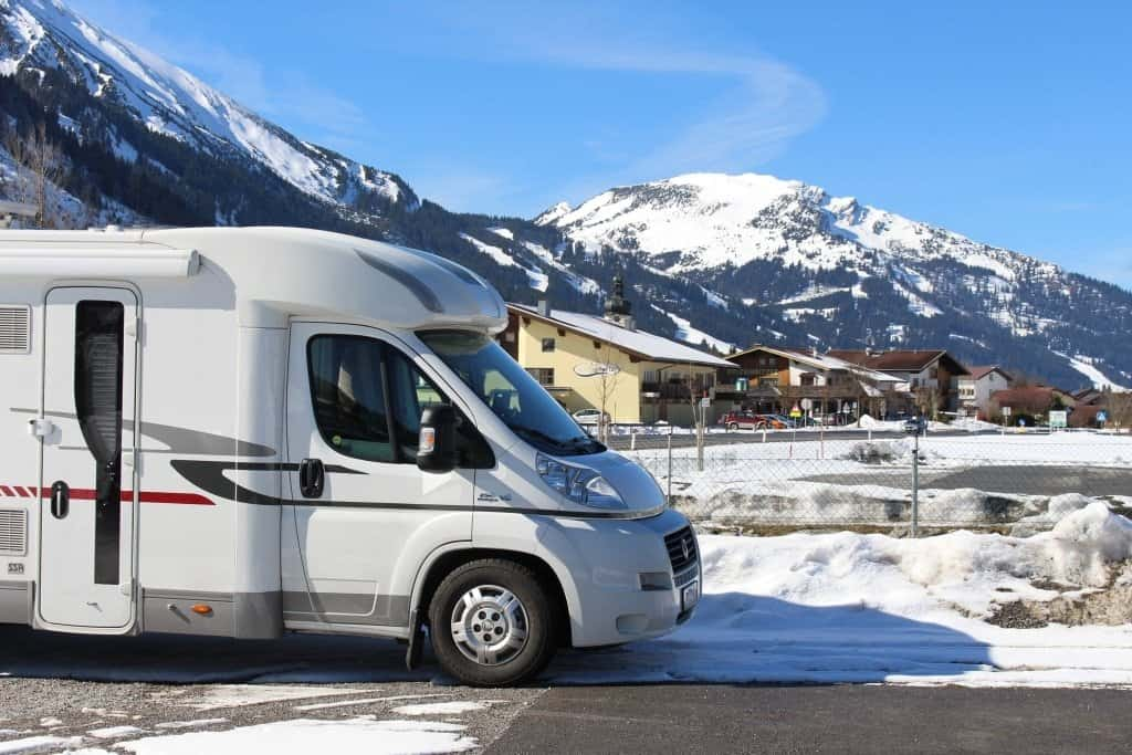The 10 Best Cold Weather RVs: Travel Trailers, 5th Wheels