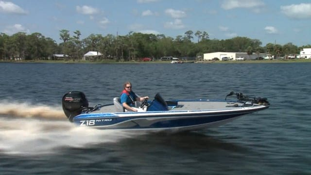 How Much Does A Bass Boat Weigh? With 19 Examples 8