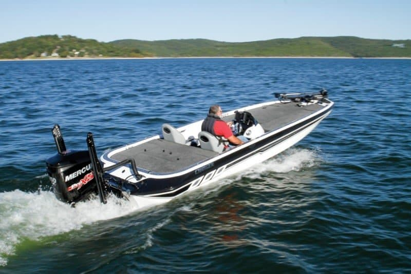 How Much Does A Bass Boat Weigh? With 19 Examples 4