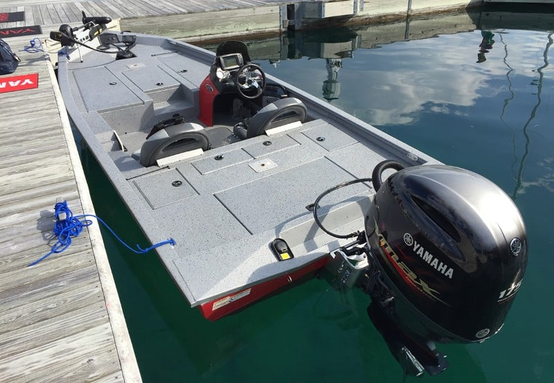 How Much Does A Bass Boat Weigh? With 19 Examples 16