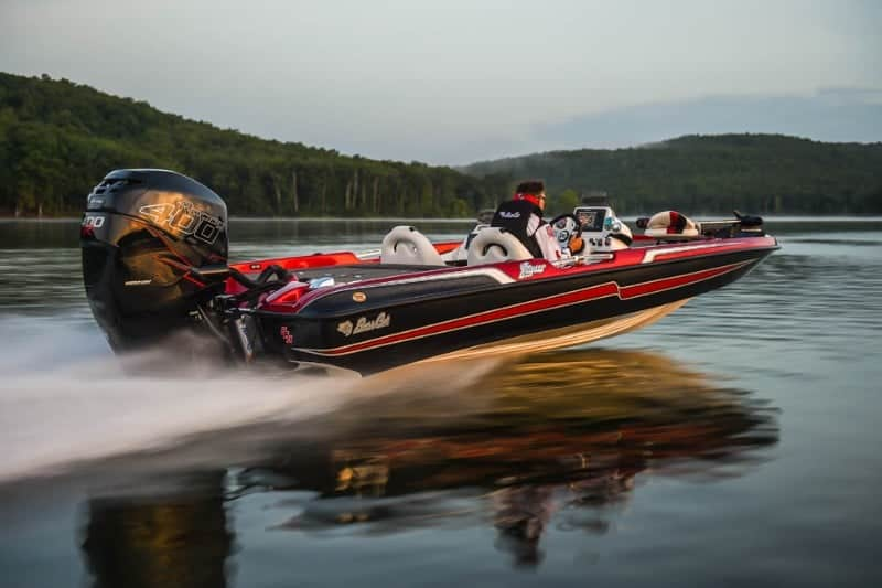 How Much Does A Bass Boat Weigh? With 19 Examples 9