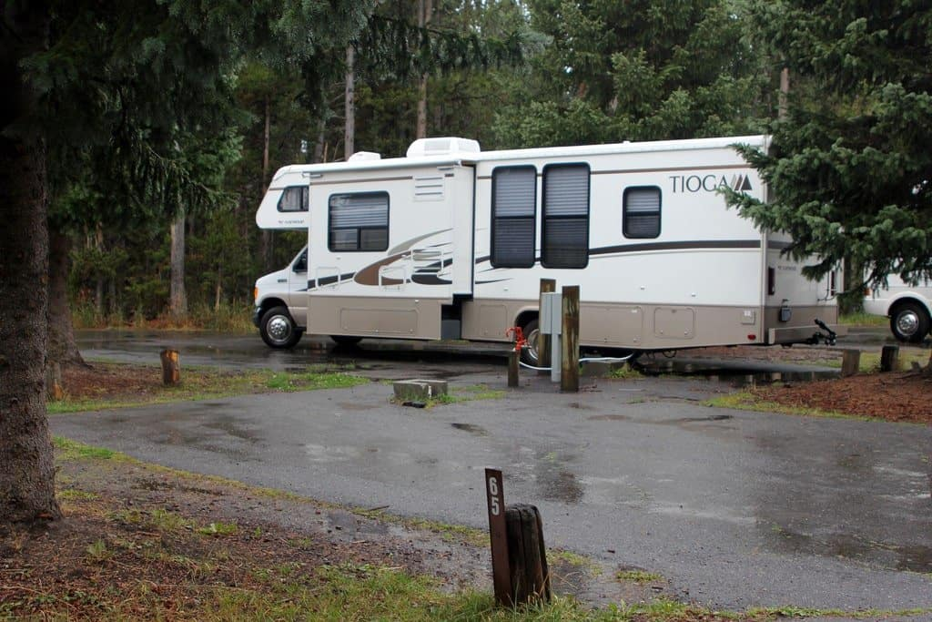 30 Amp Outlet >> Can I Plug My 30 Amp Rv Into A 50 Amp Outlet Crow Survival