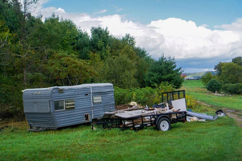 What Travel Trailer Brands to Avoid - Crow Survival