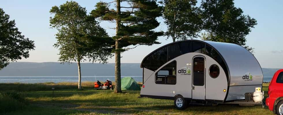 The 17 Best Small Campers Travel Trailers Under 5 000 Lbs
