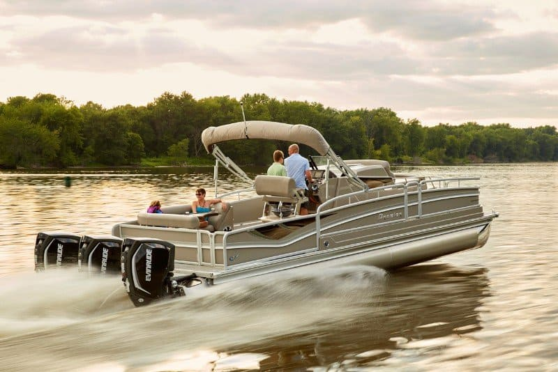 Guide to Pontoon Boats Plus 9 Of The Best 9