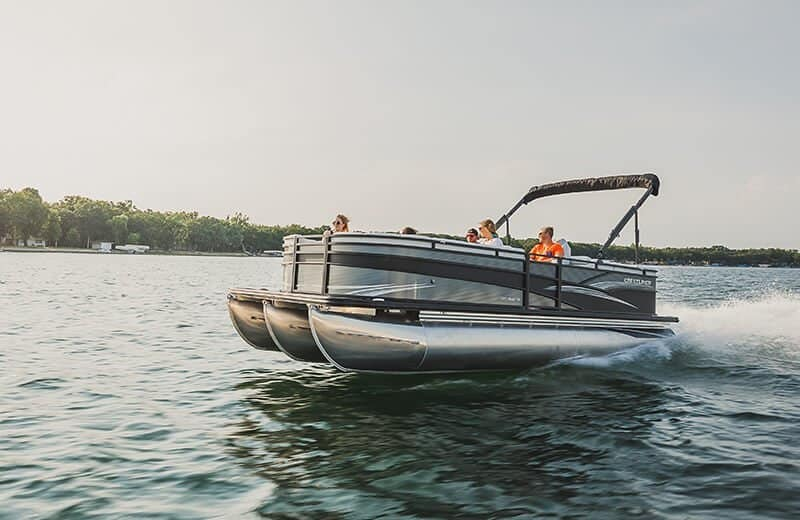 Guide to Pontoon Boats Plus 9 Of The Best 1