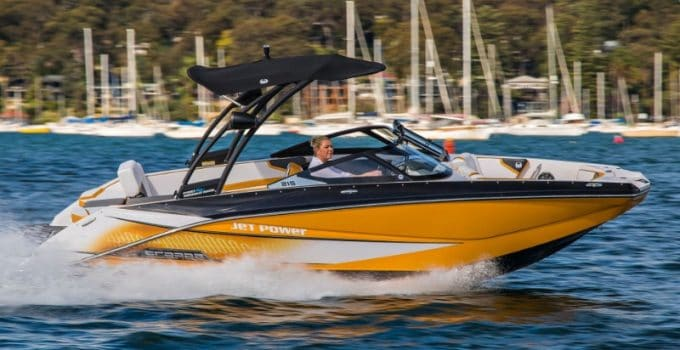 The Complete Guide to Jet Boats Plus 7 Of Our Favorites