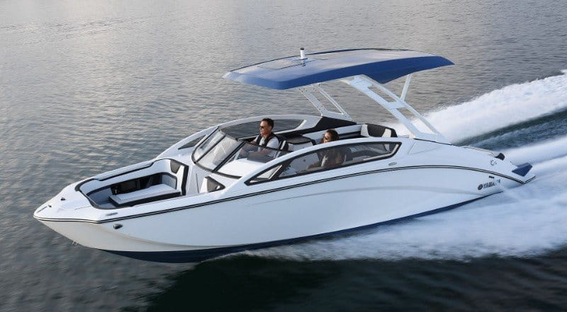 The Complete Guide to Jet Boats Plus 7 Of Our Favorites 4