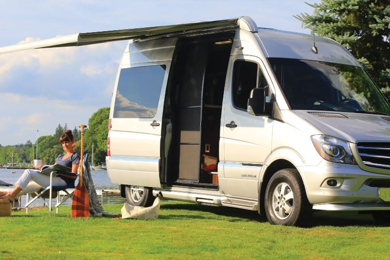9 Minivan Campers That Make Great Use Of Space 3