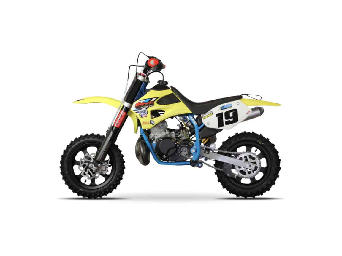 10 Best 50cc Dirt Bikes for Kids 8