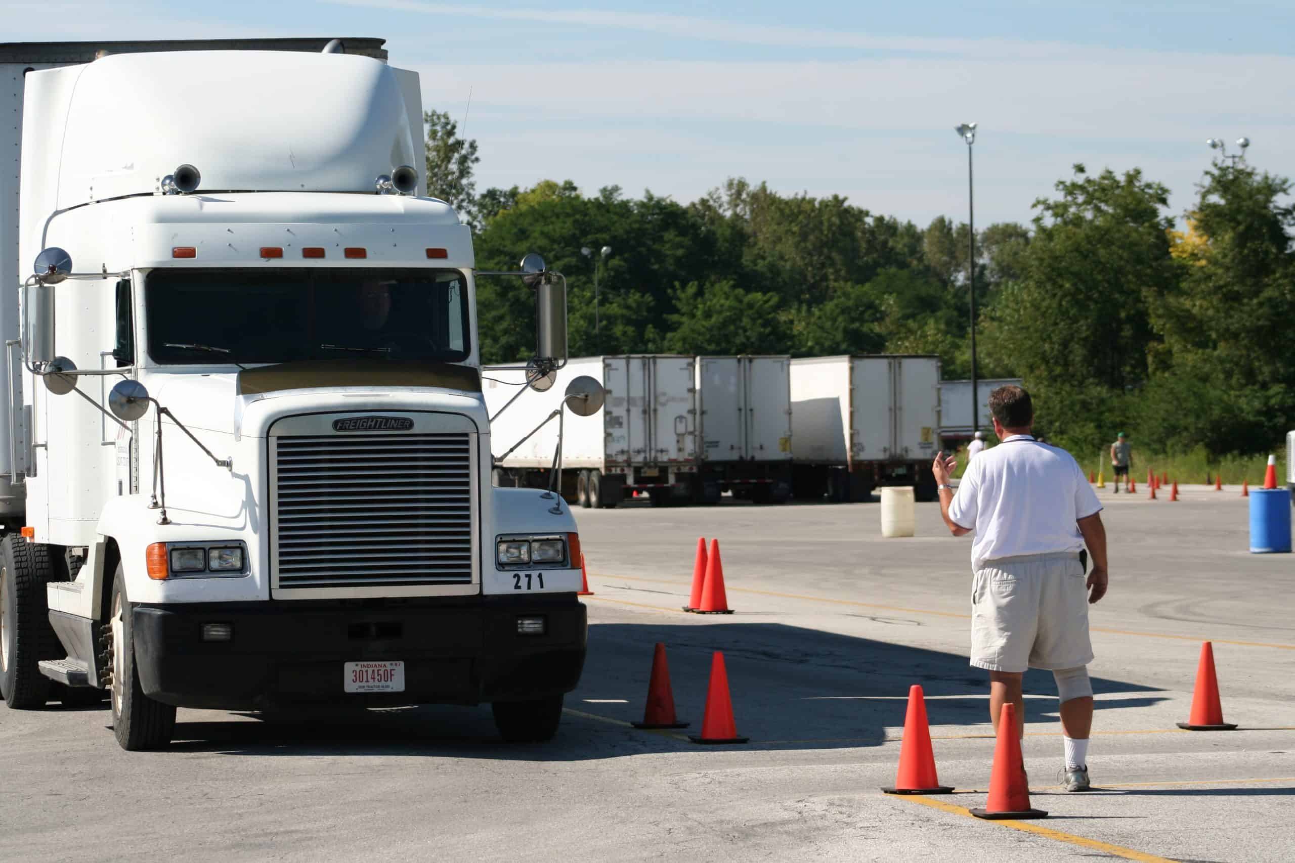 States requiring commercial driver's license