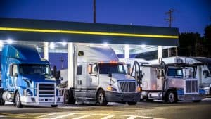 Everything You Need to Know About Parking Your RV at Truck Stops In the US