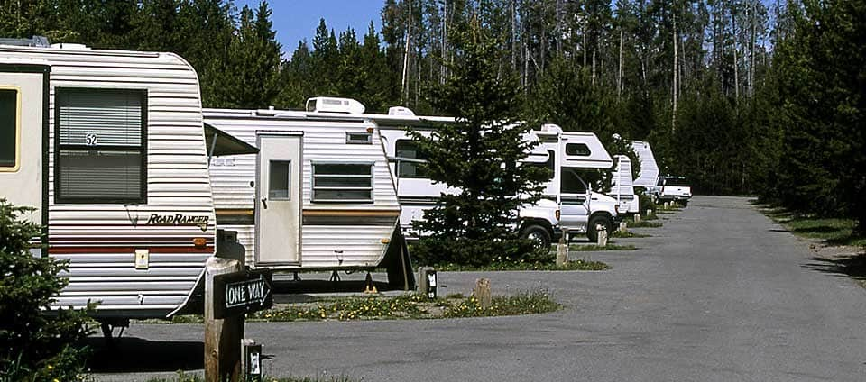 How Much Do You Have to Pay to Use RV Parks