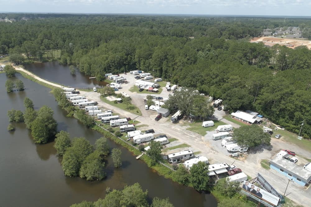Leisure Lakes RV Park