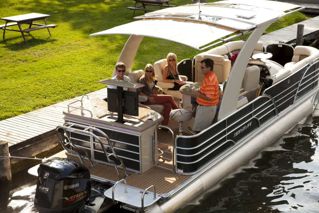 Features of Pontoon Boats