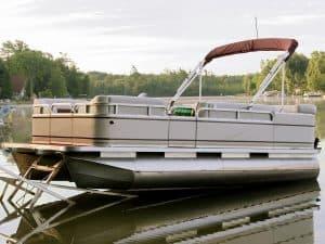 Pressurizing Pontoon Boats: Are Pontoon Boat Pontoons Pressurized or Not