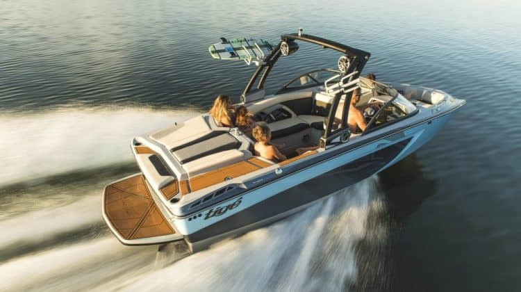 What are Wakeboard Boats